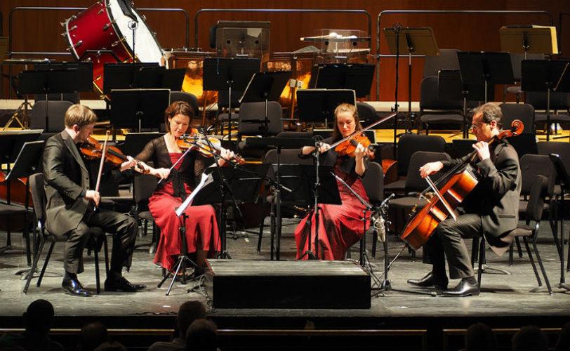 Del cuarteto a la orquesta y viceversa